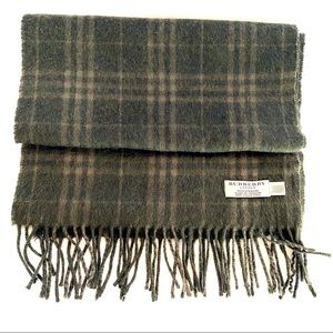 BURBERRY London 100% cashmere scarf green nova chk